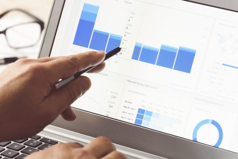 Como a Análise de Dados Contribui para o Trabalho Administrativo da sua Organização